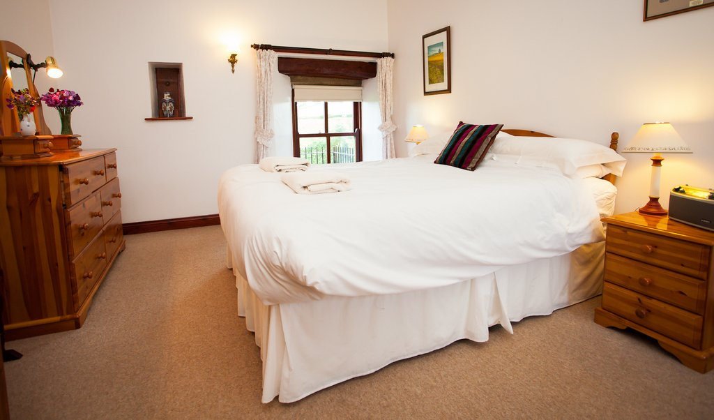 King Size Bedroom, Barn Cottage, (East Briscoe, Teesdale Accommodation)