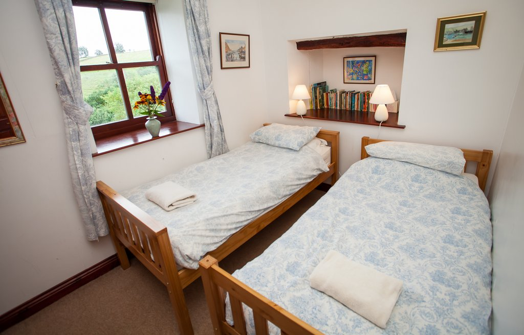 Twin Bedroom, Barn Cottage, East Briscoe (County Durham Accommodation)